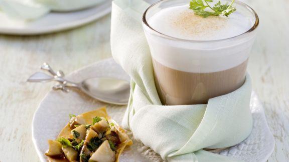 Rezept: Steinpilzsuppe mit Milchschaum