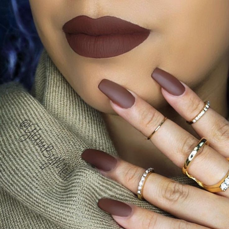 """ZAPORA Nail Lacquer on Instagram: """"Our """"HOT COFFEE"""" Nail Lacquer + """"MATTE"""" Top Coat x @lipkitbykylie @kyliejenner """"TRUE BROWN K"""" Matte Liq Lipstick is a match made in heaven - photo by @glambymeli SHOP www.shopzapora.com"""""""