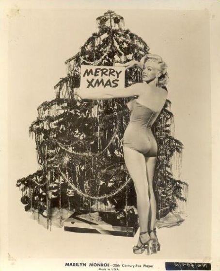 #Merrymarilyn