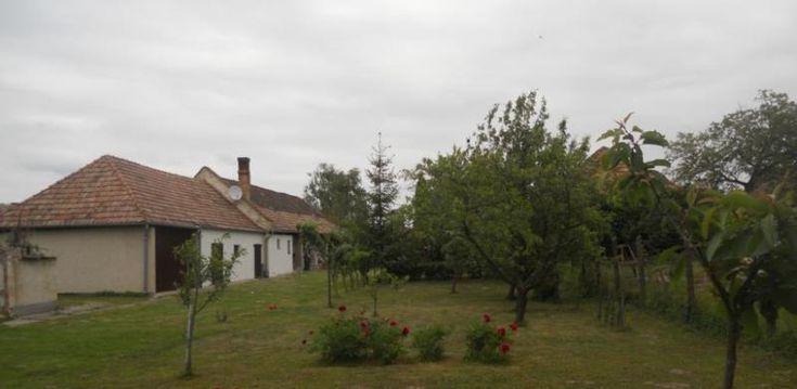 Schönes Bauernhaus in einem kleinen Ort !In Dorf Bakonyság,