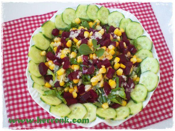 Rokalı Pirpirim Salatası-salata çeşidi,pirpirim,semizotu,yaz salataları,gün salataları,çay saati salata tarifleri,hafif salatalar,sağlıklı salata tarifi,iftar için salata tarifleri,mevsim salata tarifleri,salatalar,ikramlık salata tarifleri,