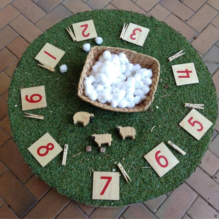 """Counting Wool"" for the Sheep Fine Motor Activity (from Tracey, Places, Spaces, Wonder, Delight via Instagram: https://www.instagram.com/p/BMgPtSlgmGr/?taken-by=places_spaces_wonder_delight)"