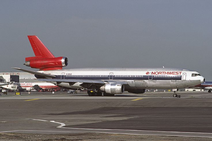 Northwest Orient Airlines McDonnell Douglas DC-10-40 N149US c/n 46758 Taxiing for takeoff at LAX, April 1989