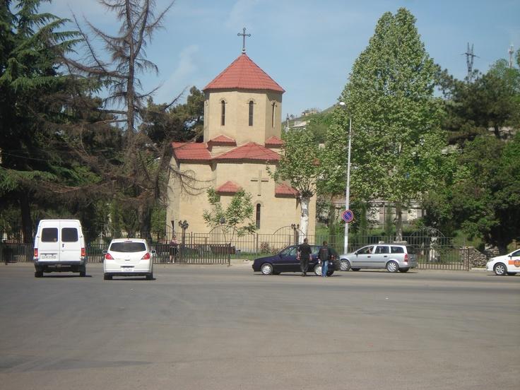Marneuli is an administrative center of Marneuli District that borders neighboring Azerbaijan and Armenia. #Georgia #Marneuli #Travel #Voyage #Holiday #Tourism #Georgien #Georgie #Грузия  #Church #Orthodox #Cute