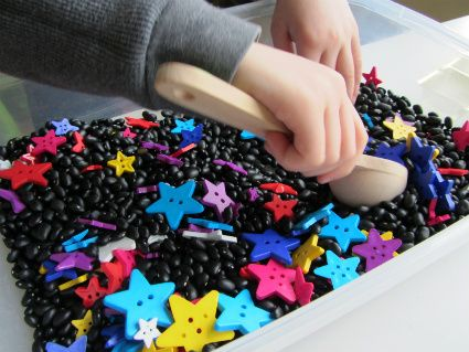 Star Color Matching & Sensory Tub - No Time For Flash Cards
