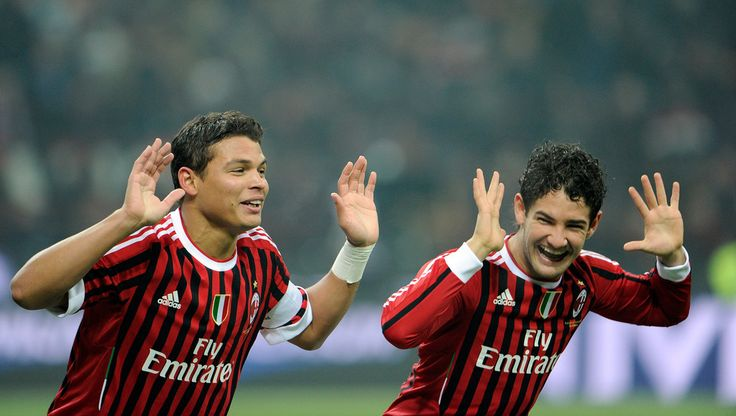 Thiago Silva Photos: AC Milan v AC Chievo Verona  - Serie A