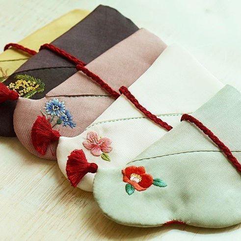 #야생화자수 #버선 #꿈소 #꿈을짓는바느질공작소 #꽃자수 #beoseon #koreansocks