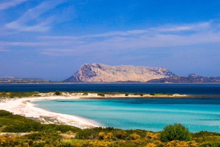 Spiaggia Isluedda - Costa Caddu San Teodoro #santeodoro # ...