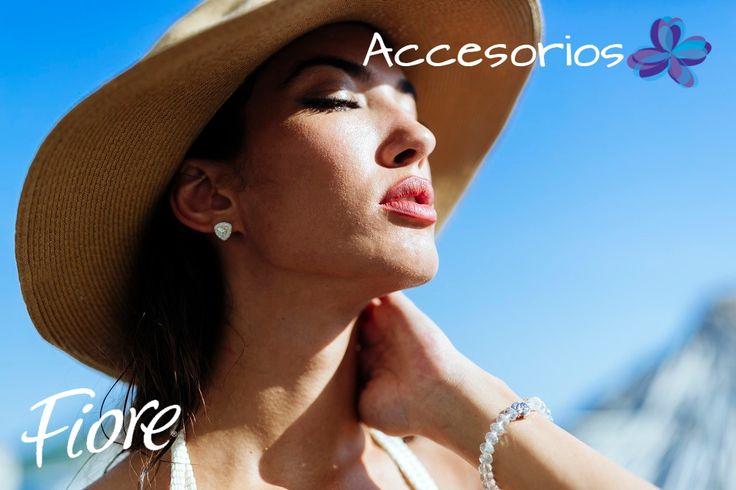 El sombrero es el accesorio básico para la playa, sácale jugo a tu estilo escogiendo el que vaya con tu rostro