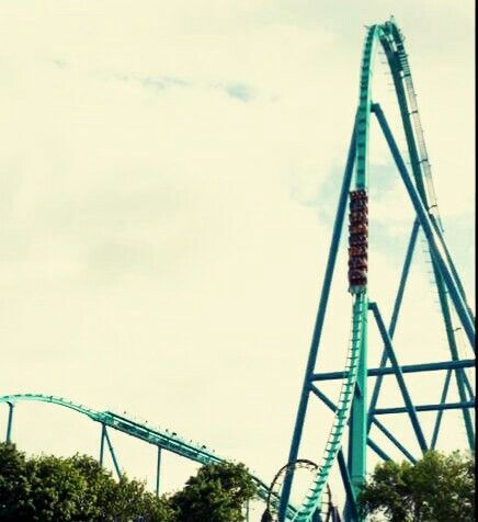 Leviathan - Canada's Wonderland - Canada - (2013) - Steel Coaster