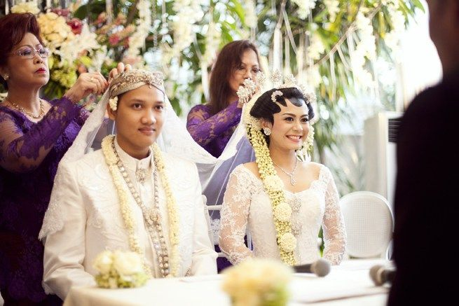 Throwback: The Wedding of Andra Alodita