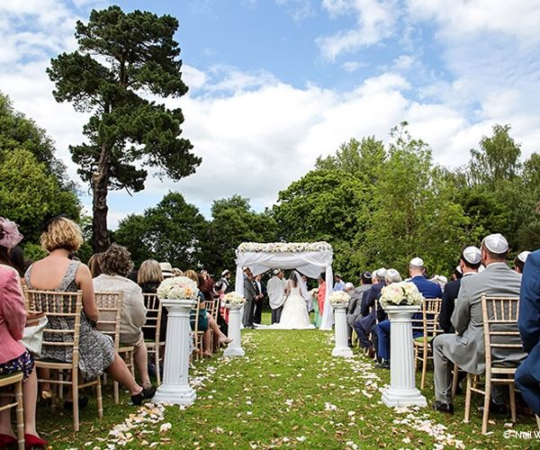 Outdoor Weddings At Braxted Park In Essex