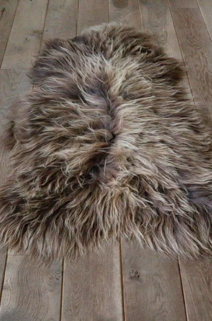 Ijslands schapenvacht - Roest bruin - ca 110 cm