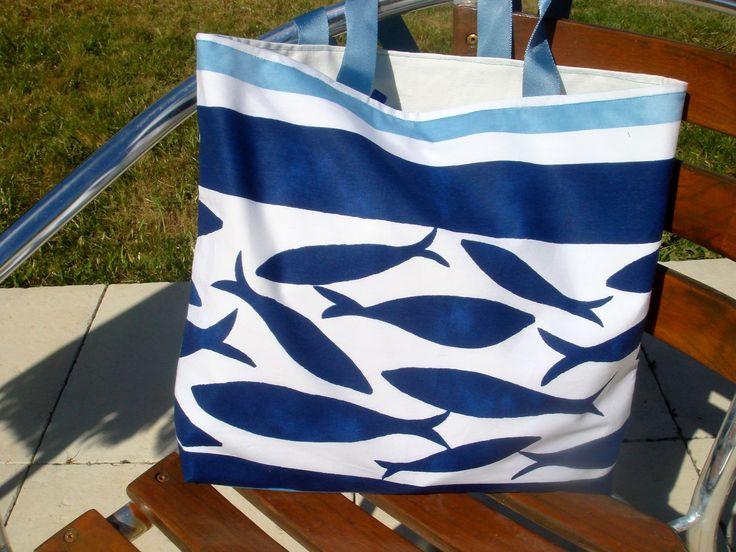 Sac de plage fait main by Reinette et Cie - Poisson bleu ciel et bleu marine-