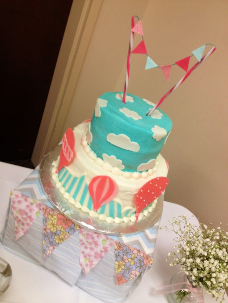 Hot air balloon cake by chandra holland parties for Baby footprints cake decoration