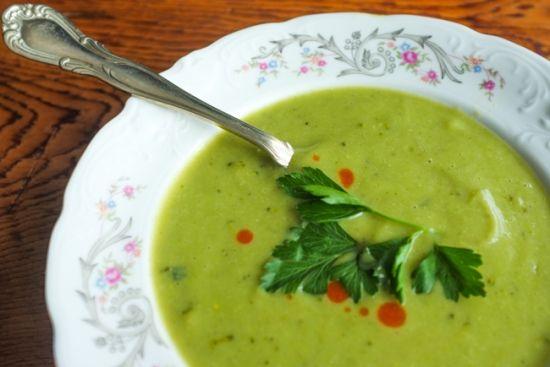 'Creamy' Vegan Broccoli Soup