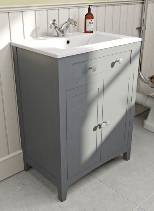 Victoria plumb vanity unit with sink grey to include extras -  £267.99.