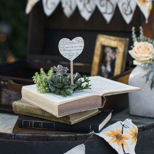 www.angelolorenzi.it #angelolorenzi #evisserofeliciecontenti #wedding #weddingdecor #ceremony #cerimonia #destinationwedding #weddingdesign #weddingstyling #madeinitaly #weddingplanning #damigelle #flowergirl #white #vogue #voguesposa #nozze #luxury #luxurywedding #bride #bridal #bouquet #eventdesign #realwedding #vintagewedding #vintage #weddingparty
