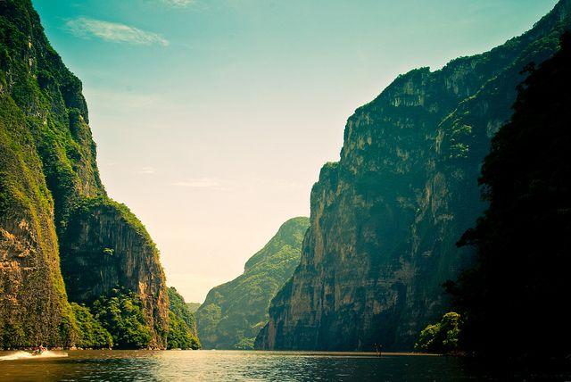 Chiapa de Corzo, Chiapas, MX, This is why I love nature... by Choollus, via Flickr