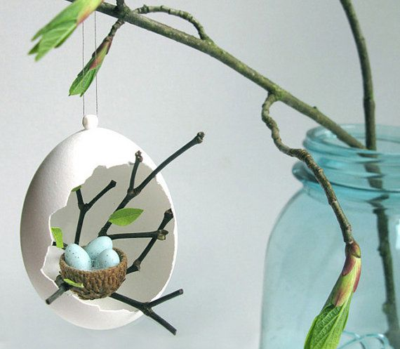 "Vogelnest mit kleinen Eiern in ""Eierhöhle"" Spring ornament, Easter Ornament, Bird's nest"