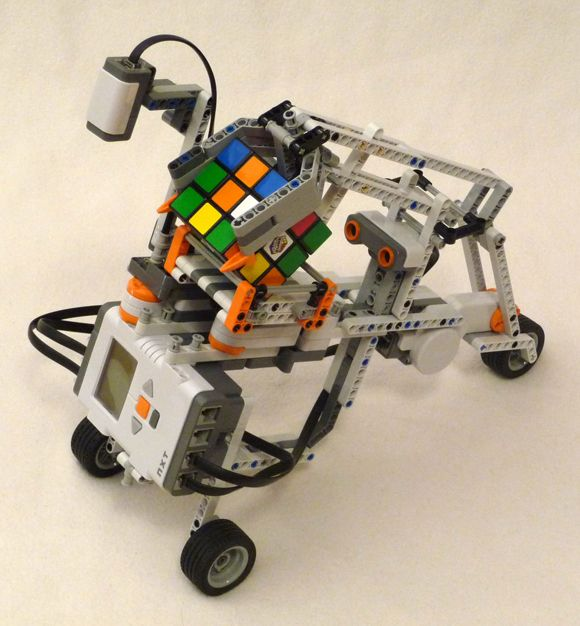 The nxt step is ev lego mindstorms building