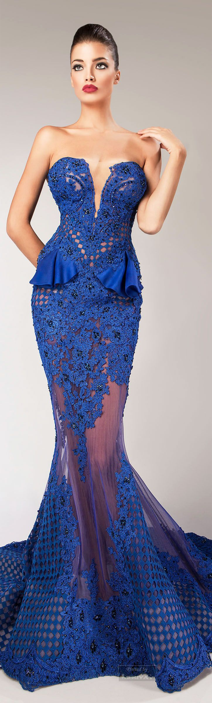 Hanna Toumajean I would like to add flowers to your stunning gown. A wrist braclett with blue Vanda Orchid and a couple of deep blue Gentians.