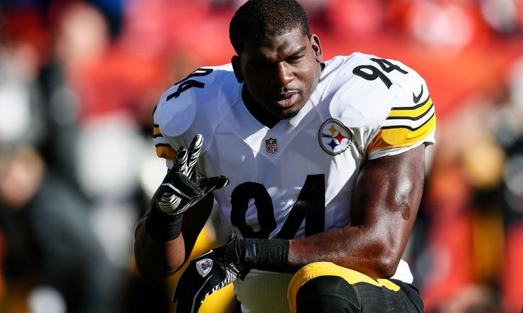 Jan 17, 2016; Denver, CO, USA; Pittsburgh Steelers inside linebacker Lawrence Timmons (94) prior to the game against the Denver Broncos in an AFC Divisional round playoff game at Sports Authority Field at Mile High. Mandatory Credit: Isaiah J. Downing-USA TODAY Sports