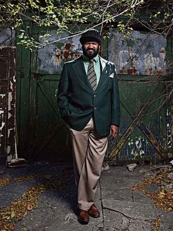 Gregory Porter, there is something about him that I am attracted to...might be his height, might be the words he uses to illustrate a song to vividly paint a picture in my mind or there just might be the sensitivity that I see behind his eyes.  I just really like him.