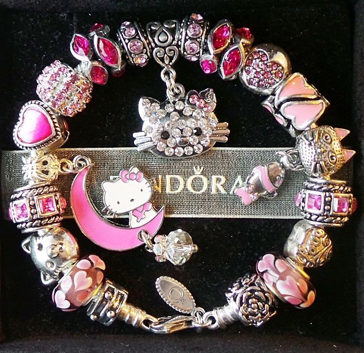 16d5b06fcfa ... Authentic PANDORA Silver Charm Bracelet with Pink Hello Kitty Love  Heart ...