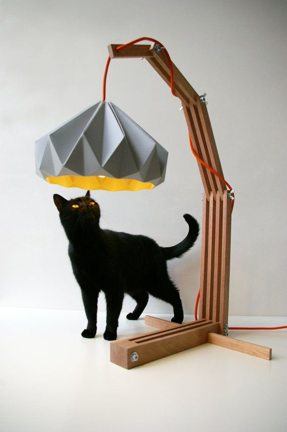 "@Snowpuppe teamed up with architect Michiel Parqui and came up with ""La Petite Giraffe"": Wooden Lamps, Black Kitty, Lamps Shades, Studios Snowpuppe, Origami Paper, Origami Lamps, Cat Naps, Paper Lampshades, Black Cat"