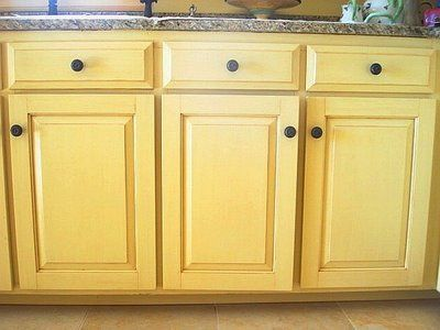 Faux Painting Antiqued Cabinets Yellow With Bronz Hardware   Heart This!