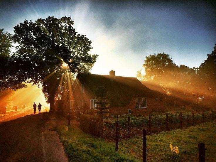 Hardlopen in Coelhorst. Prachtige ochtend om te sporten #hoogland #amersfoort #runwithiphone #run #running