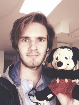 PewDiePie, honestly one of the first Youtubers i started watching, love you Pewds! :3
