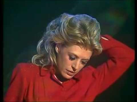 "Marianne Faithfull - The Ballad of Lucy Jordan from ""Thelma & Louise"""
