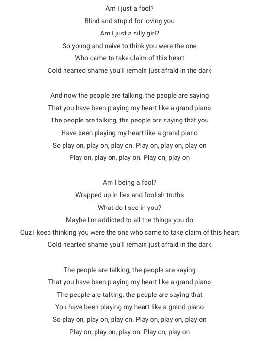 Nicki Minaj- Grand Piano