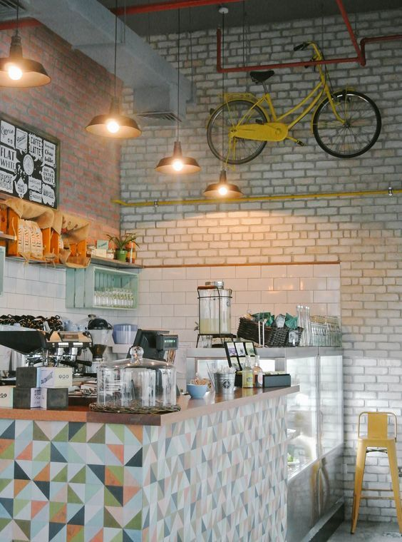 low budget cozy cafe interior - Hada Googlom: