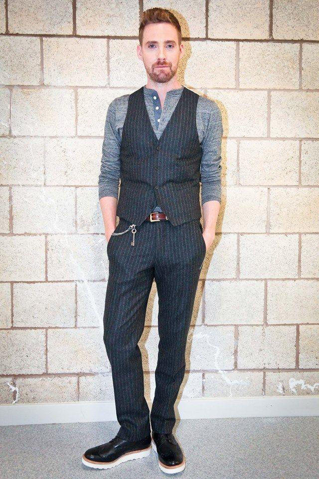 We're lovin' Ricky Wilson's new slimmed down image...