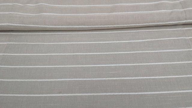 Tendina #finestra 100% poliestere in colore #tortora con righe orizzontali panna. Orlato. Disponibile nelle misure: Larghezza 60 cm e 90 cm.