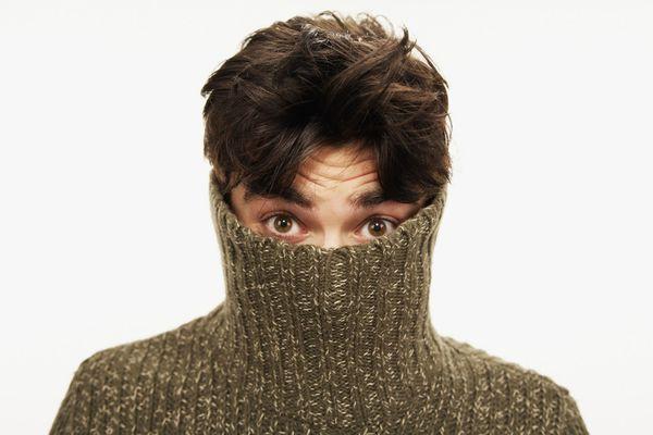 12 tips hoe je met een introverte of verlegen jongen kunt praten - Girlscene
