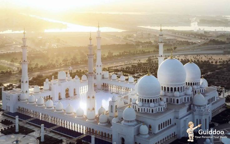 Pray With Your Mother at The Sheikh Zayed Mosque  Best Places to Celebrate Mother's Day in Dubai,
