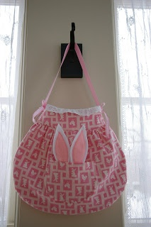 85 best easter sewing projects images on pinterest easter crafts this easter craft shows you how to make a bunny bag complete with bunny ears to wear with your easter dress and bonnet use this free purse pattern to sew negle Gallery