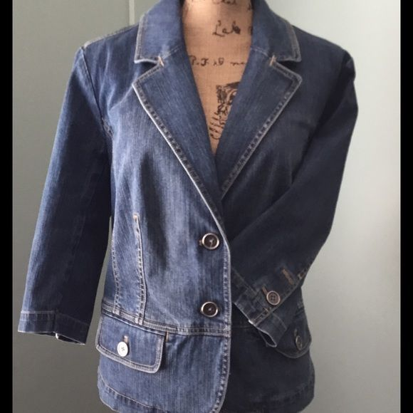 Talbots Women's Petite Jean Jaxcket Unlined Jean Jacket with lots of detail. 3/4 sleeves. Double vented back. Pockets. Buttons on cuff. Button close. Talbots Jackets & Coats Jean Jackets