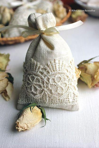 Мешочки льняные подарочные. Handmade.
