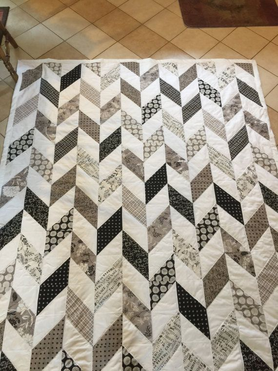 Modern Herringbone Quilt by SewingMyDream on Etsy