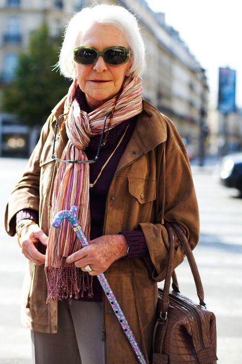 пожилые женщины в арт хаусе - 4