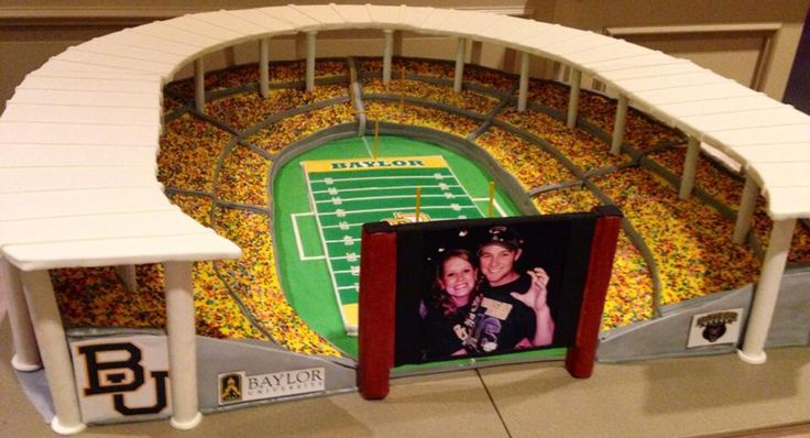 This McLane Stadium groom's cake wasn't the only #Baylor flair at this May 2014 wedding. (click for more pics): Alex Cakes, Wedding ️, Groom Cake, Neidel Wedding, Grooms Cakes