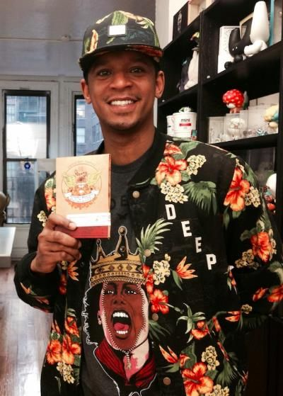 Bravo's own Chef Roble was spotted with a pack of Crunch Dynasty! Get your very own pack here www.crunchdynasty.com #CrunchDynasty #Crunch #Bravo #ChefRoble #Spicy #Thanksgiving #Gift #Chef