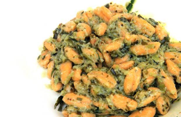 CAVATELLI VEGETARIANI AI PEPERONI CRUSCHI E CREMA DI RAPE - Cucina Mancina - Le ricette mancine