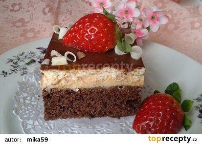 Řezy s karamelovým krémem a čokoládovou polevou recept - TopRecepty.cz