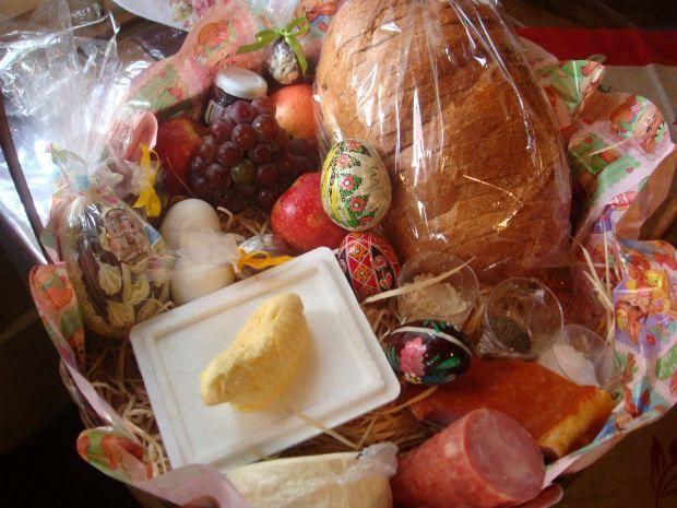 Cesta de Páscoa Polonesa. Cada produto da cesta de Páscoa polonesa tem um significado (Foto: Ariane Ducati/ G1)